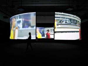 Video og lydbilleder går i smuk symbiose hos Doug Aitken på CC.
